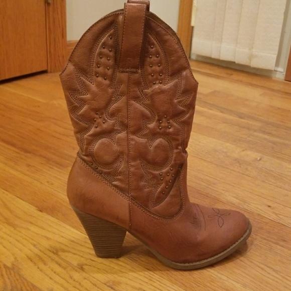 df892da1231 🎉SALE! Women's Heeled Cowboy Boots Size 11